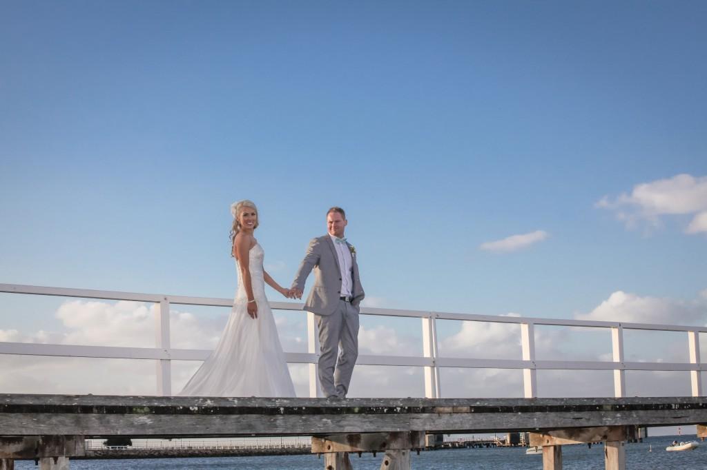 Melbourne Marriage Celebrant Meriki Comito | Jacqui & Corey's Sorrento Wedding | Photo: www.robynswallowphotography.com
