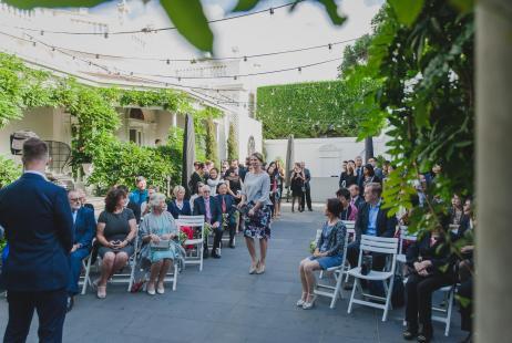 Melbourne Weddings wih Marriage Celebrant Meriki Comito