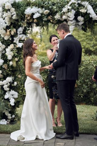 Coombe Yarra Valley Weddings with Melbourne Marriage Celebrant Meriki Comito