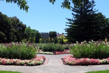 St Vincent's Garden Weddings Albert Park
