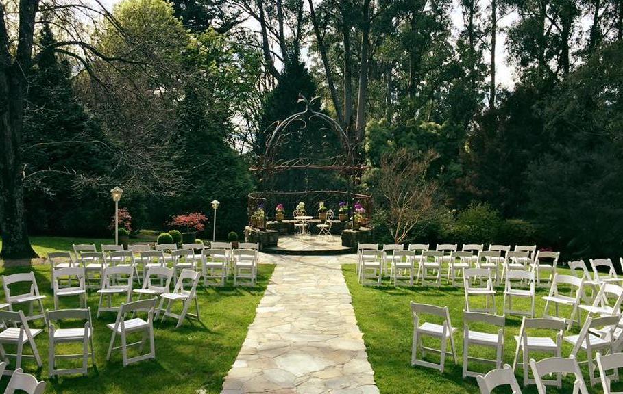 Tatra Mount Dandenong outdoor wedding ceremony set up