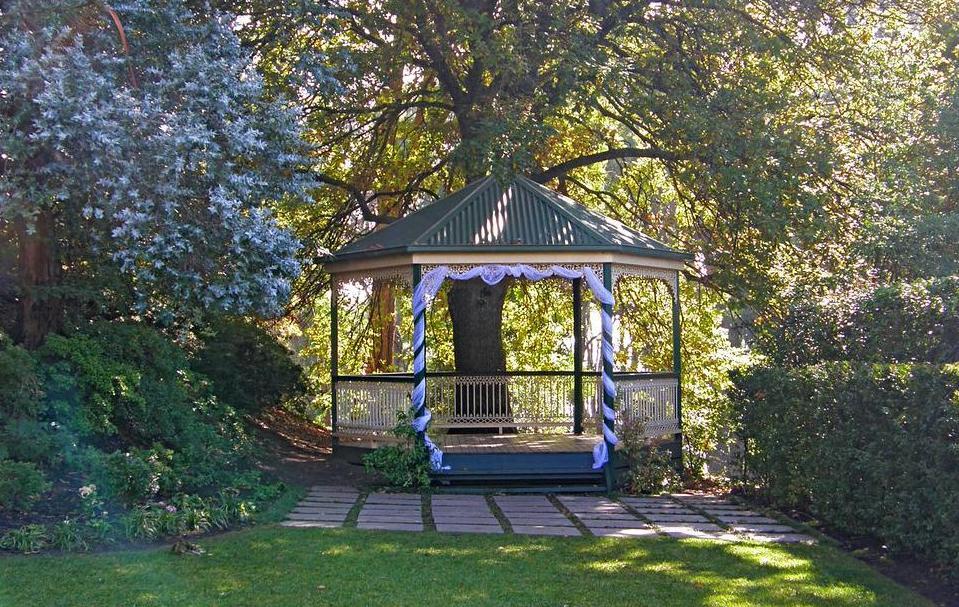 Secret Garden Mount Dandenong rotunda + wedding ceremony location
