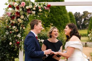 Lindenderry Red Hill Weddings with Melbourne Marriage Celebrant Meriki Comito